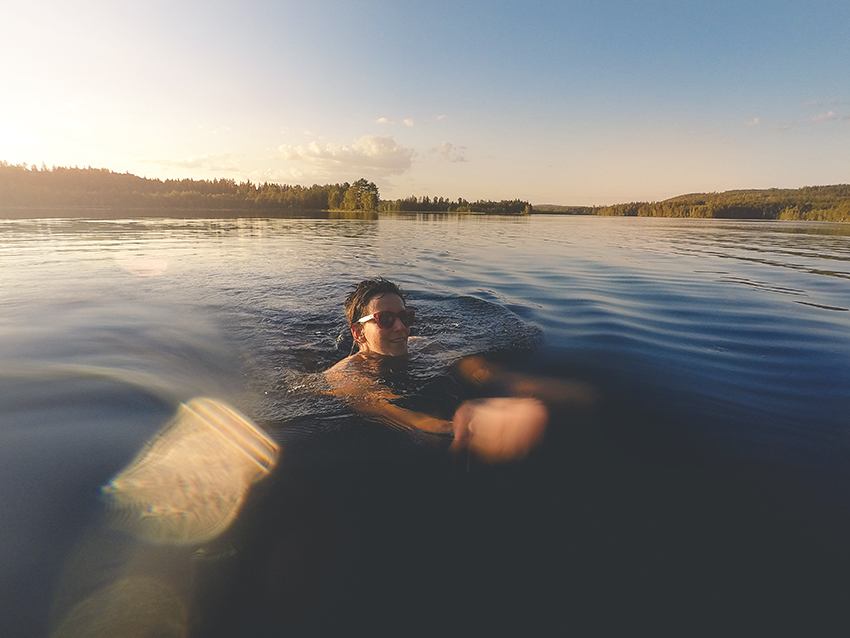 Swimming in Swedish lakes, Gopro, dog photographer Europe, www.DOGvision.eu